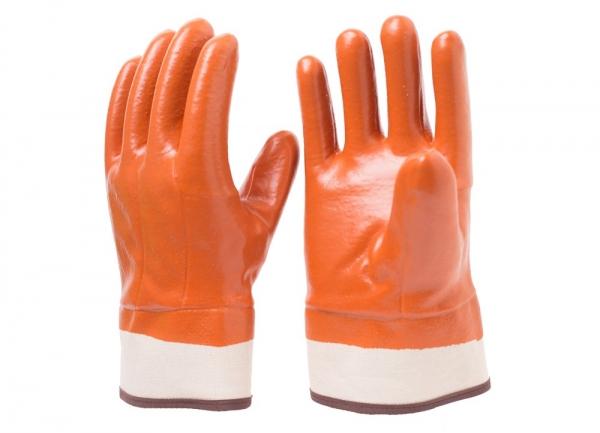棕色防寒手套